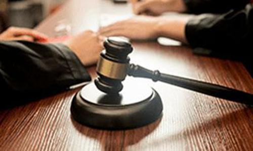 打开民法典:妻子起诉离婚后一直被骚扰 离婚冷静期有必要吗?