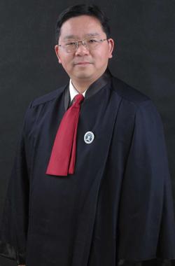 马兆铭律师