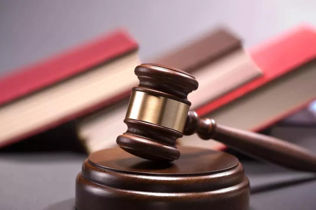 浅析人民法院在司法拍卖中规定税费承担的问题