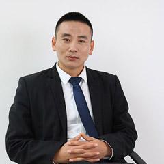 李铁华律师