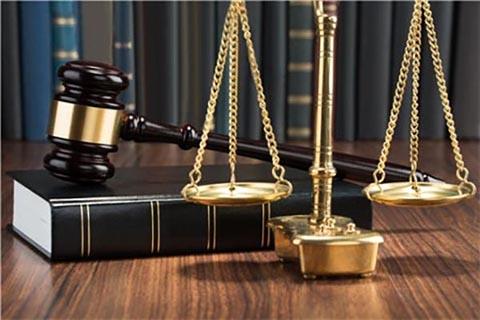 44岁阿姨瞒着丈夫和22岁小伙开房,想骗色被骗财,如何评价本案?